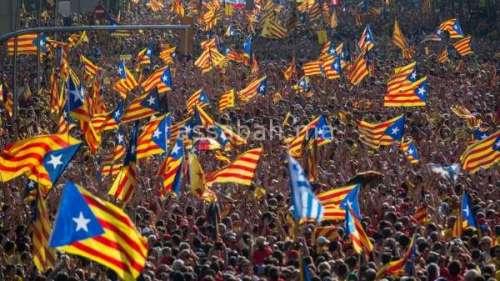 مدريد تتهم روسيا بدفع كاتالونيا للاستقلال