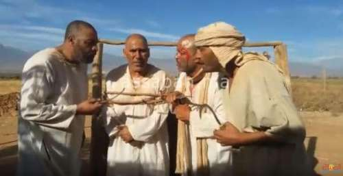 فيديو ...فنانون مغاربة يباركون للوداد العصبة على طريقتهم