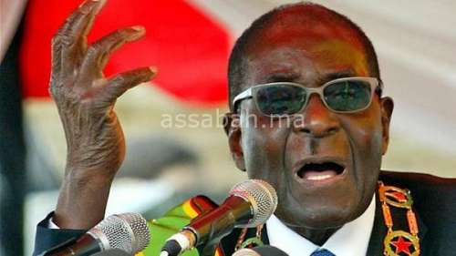 موغابي يرفض التنحي عن رئاسة زيمبابوي