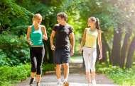 آلام الظهر ... المشي مفيد للتخلص من الداء