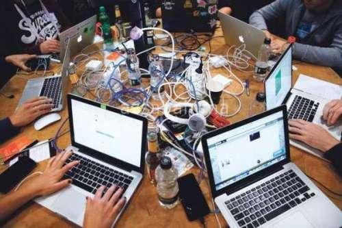 الحرب الرقمية ... السطو على المعلومات الشخصية