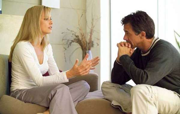 الزوج المكتئب يفسد العلاقة