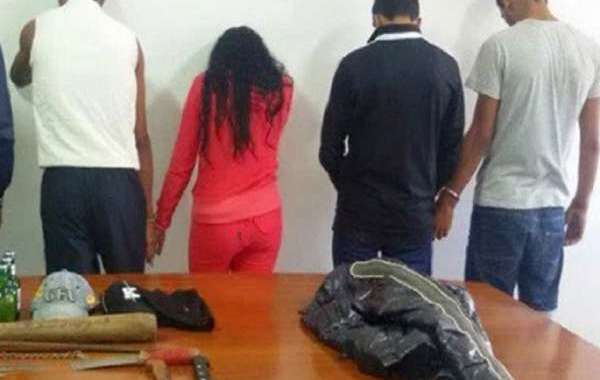 اعتقال فتاة ضمن عصابة
