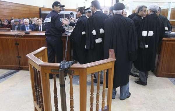محامون ينتفضون ضد شركات تحصيل الديون