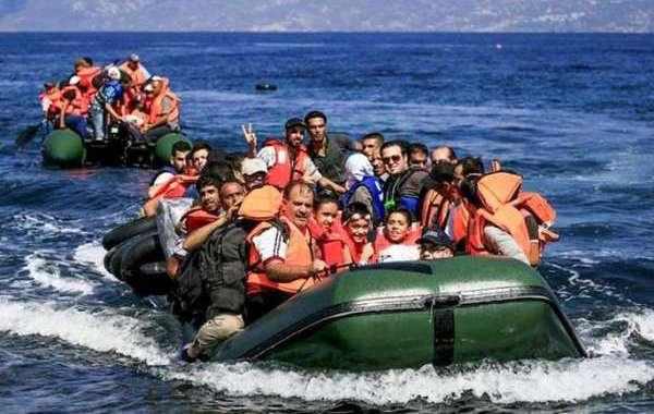 القوات الليبية تنقذ عشرات المغاربة