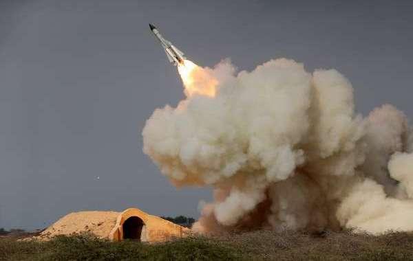 الحوثيون يطلقون صاروخا باليستيا على جازان السعودية