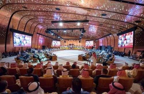 القمة العربية تشيد بدور المغرب في خدمة القضايا العربية