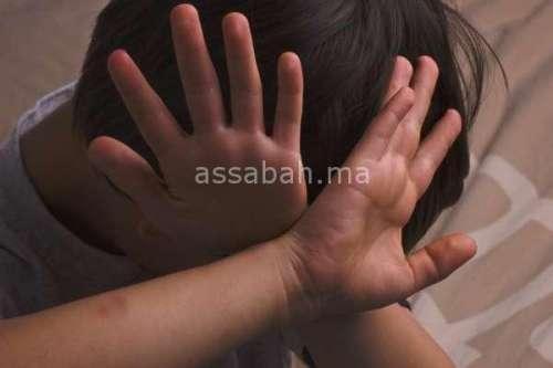 اعتقال أب عذب ابنه بوحشية