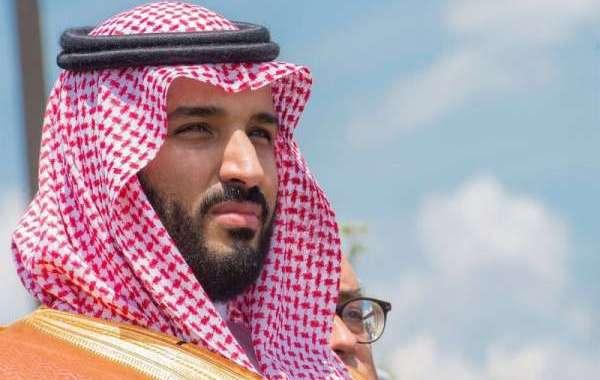 ولي العهد السعودي يبارك رمضان للملك