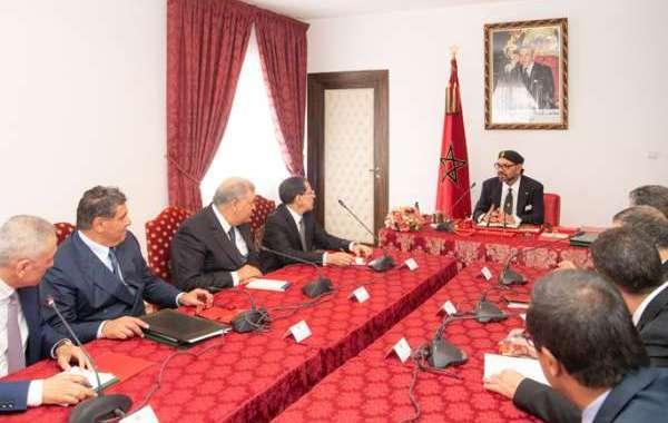 الملك يترأس مجلسا للوزراء في مراكش