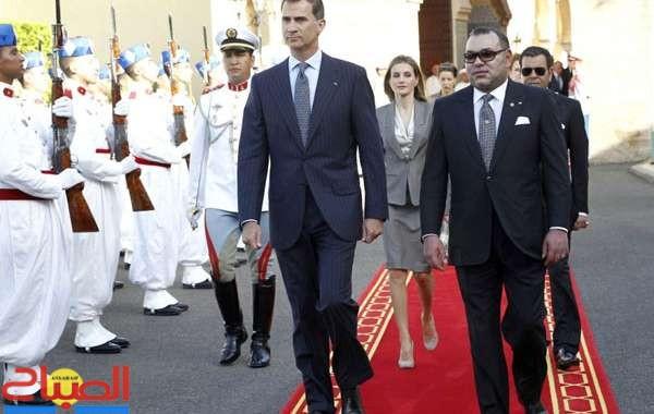 الملك يتباحث عن عاهل إسبانيا