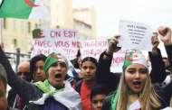 الجزائريون يتظاهرون في يوم الجمعة الحادي عشر على التوالي