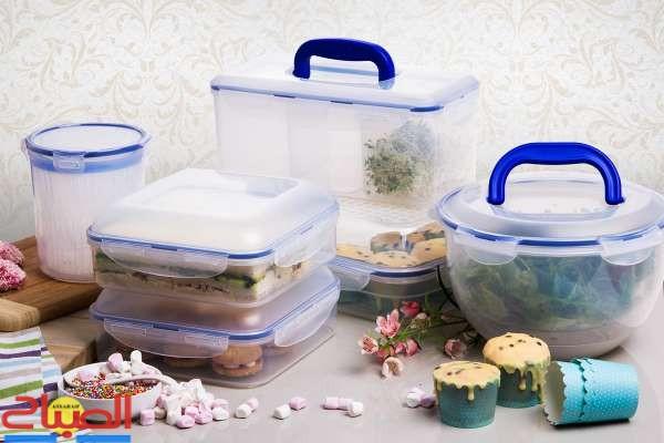 استعمال العلب البلاستيكية